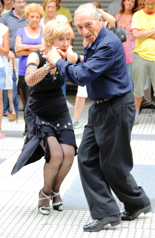 Buenos Aires - Old Couple doing the Tango - Street Dancing - San Telmo - Argentina - Street Entertainment