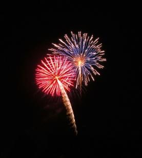 Fireworks - Celebration - Holiday Fireworks - Colorful Fireworks - Holiday - New Years - New Years 2014 - New Years Fireworks