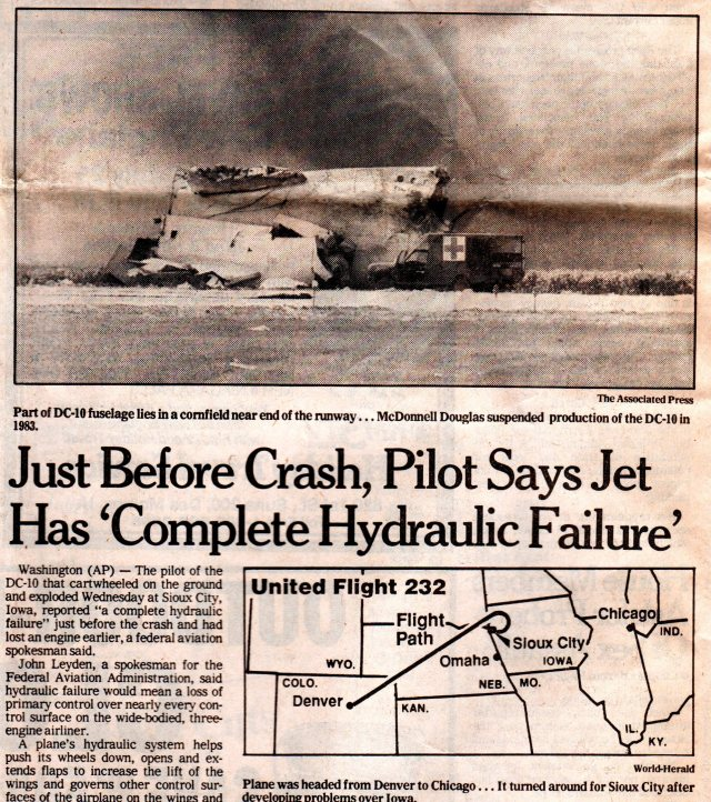 United Air Lines Flight 232 - Sioux City, Iowa - Plane Crash - Hydraulic Failure - Blocked Memories