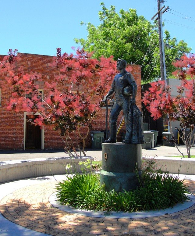 Tracy California Firefighter statue