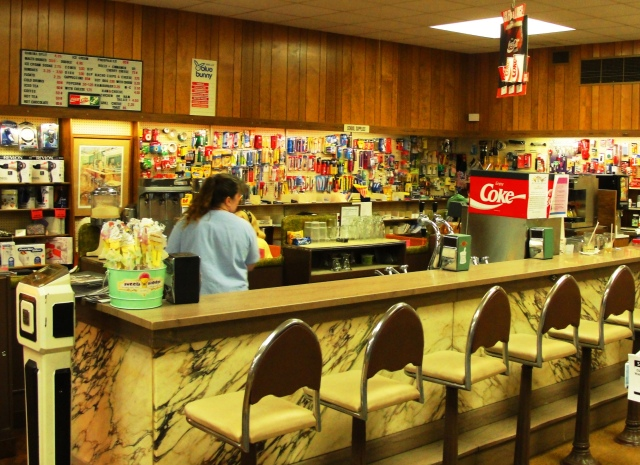 Stoner Drug Soda Fountain - Hamburg, Iowa