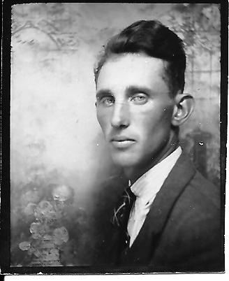 Grandpa - Photo Booth Picture - Photomaton - 1930's Photo Booth Picture - Old-time Photography