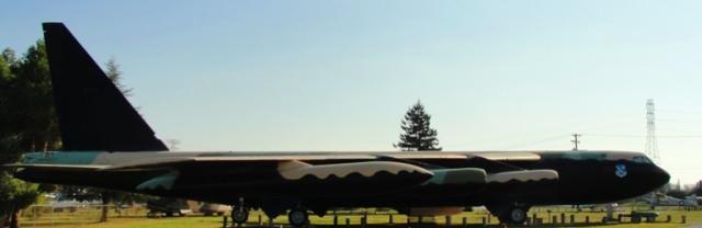 Boeing B52 Bomber - Stratofortress - Largest Jet Bomber