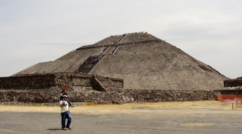 Teotihuacan - Temple of the Sun - Mexican Piramides - Pyramids - Aztec - Mexico - Piramide del Sol