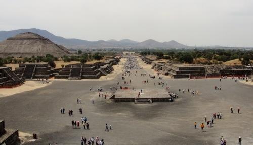 Teotihuacan - Temple of the Moon - Mexican Piramides - Pyramids - Aztec - Mexico - Piramide de la Luna - Calzada de Los Muertos - Avenue of the Dead