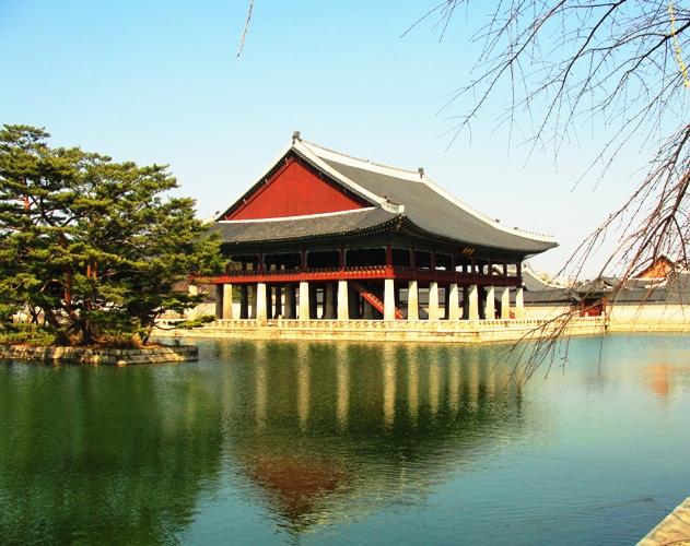 Gyeongbokgung - Gyeonghoeru Pavilion - Seoul Palace Complex - Seoul South Korea - Banquet hall - Reflecting Pool