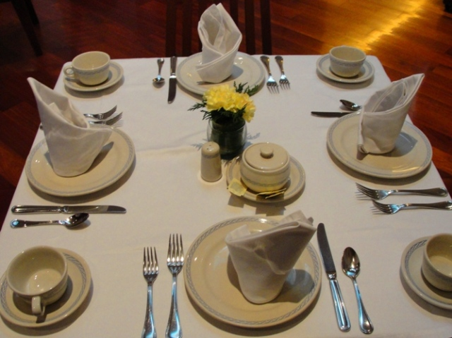 Restaurant El Cardenal - Place Settings - Breakfast table setting - Traditional Mexican Breakfast