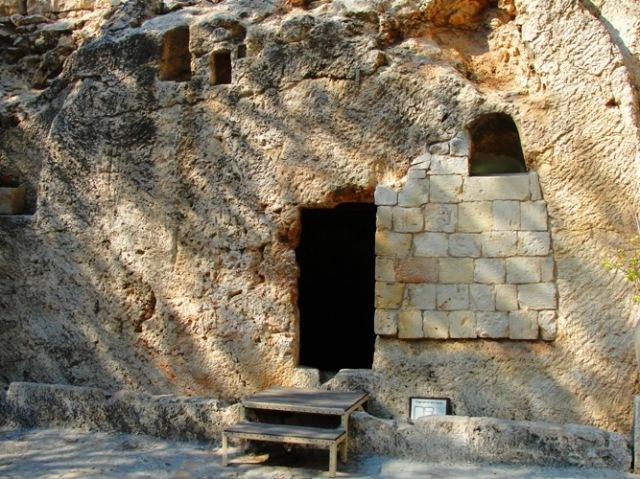 Garden Tomb - Jerusalem - Rock Hewn Tomb - Ressurection - Easter