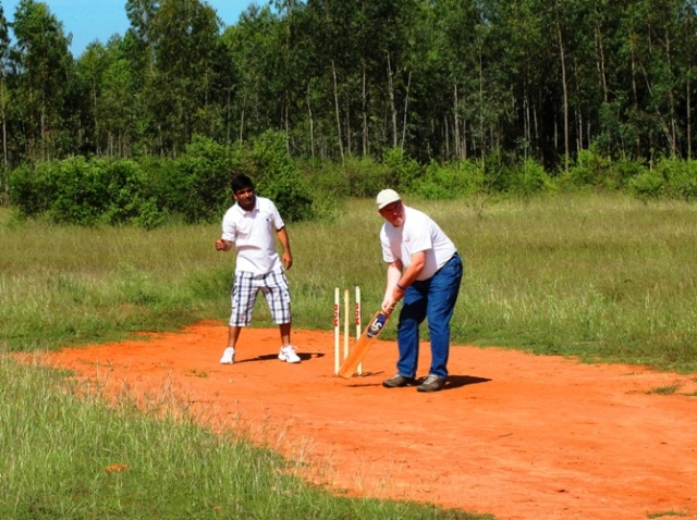 Cricket in India - Bangalore - Cricket Pitch - Stumps - Playground Cricket