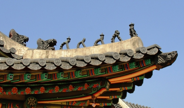 Japsang - earthenware rooftop figures - Joseon Dynasty - Journey to the West - Seoul - South Korea