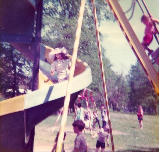 Ottumwa, Iowa - Curly Slide Park - Lagoon Park - Large Slide - Fun at the Park