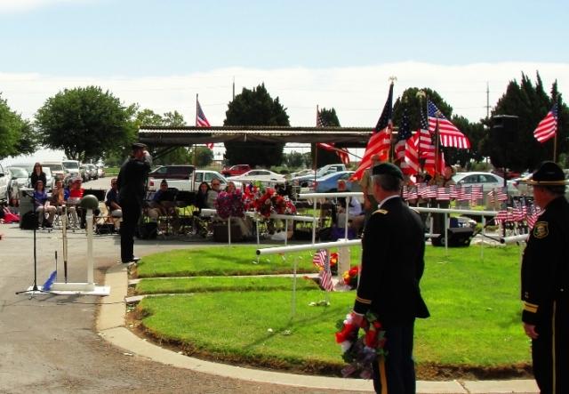 Memorial Day Ceremonies - Congressman Jeff Denham - Laying of wreath - Salute