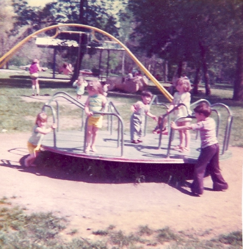 Merry-Go-Round - Ottumwa, Iowa - Curly Slide Park - Playing with Cousins