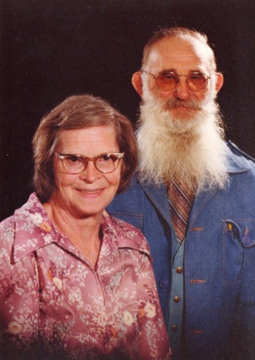 Grandpa and Grandma - Ancestors - Older couple - White Beard - Old Glasses