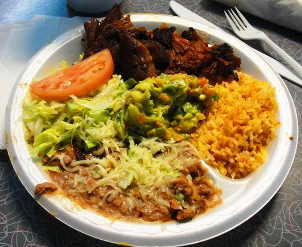 Ernie's Taqueria - Patterson, California - Mexican Restaurant - Carnitas - Guacamole - Rice - Beans