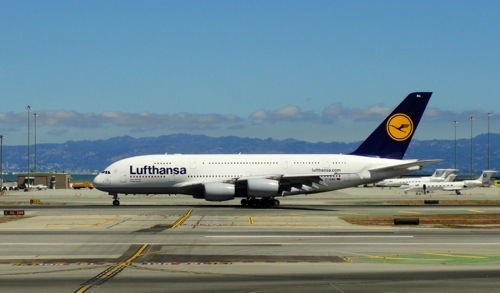 A380, Airbus, Lufthansa, Biggest Plane, First A380 Flight