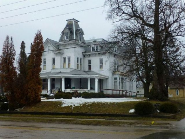 908 North Court, Ottumwa, Iowa - Harper Mansion - David Schwartzkopf , photographer