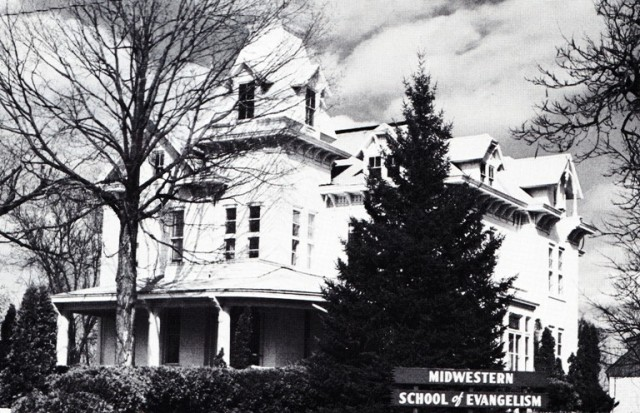 Midwestern School of Evangelism, 908 North Court, Ottumwa, Iowa - Harper Mansion