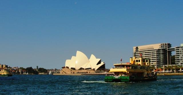 Sydney Harbour - Sydney Opera House - Sydney Ferries - Australia