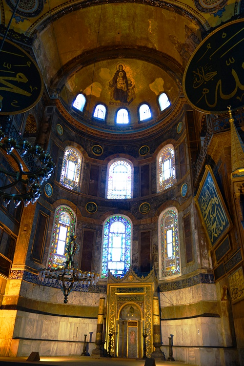 Hagia Sofia - Church, Mosque, Museum, Istanbul, Turkey