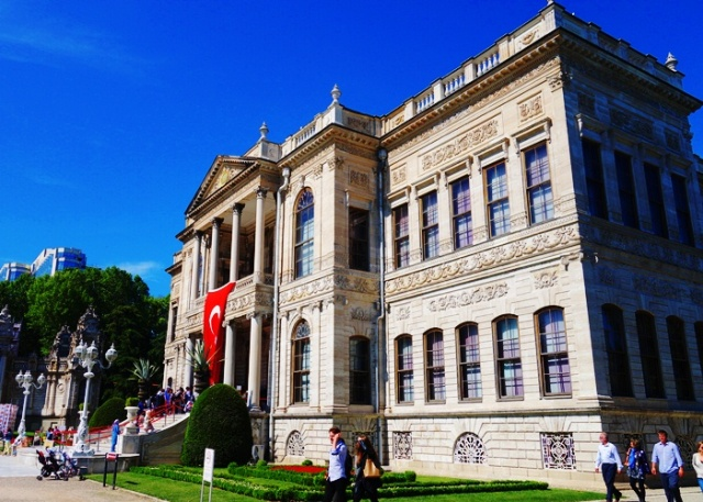 Dolmabahce Sarayi - Istanbul Turkey - Dolmabahce Palace - Sultan's Palace