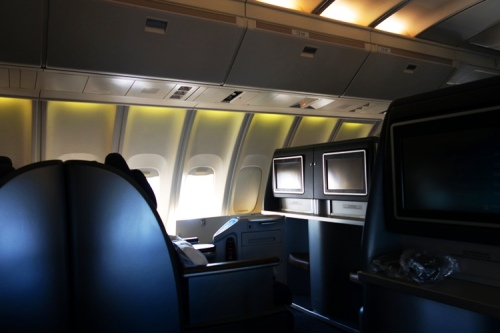 United Business First, Unitel Airlines, 747 Upper Deck, Lay Flat Seats