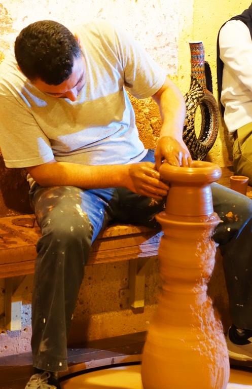 Venessa Pottery - trundle wheel - foot wheel , pottery