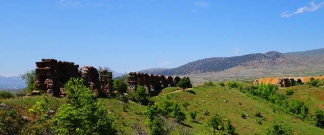 Roman Aqueduct - Antioch of Pisidia - Archaeology - Waterworks