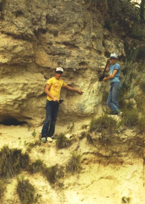 Fossil Hunting, Clark County, Kansas, Cretaceous (Kiowa shales)
