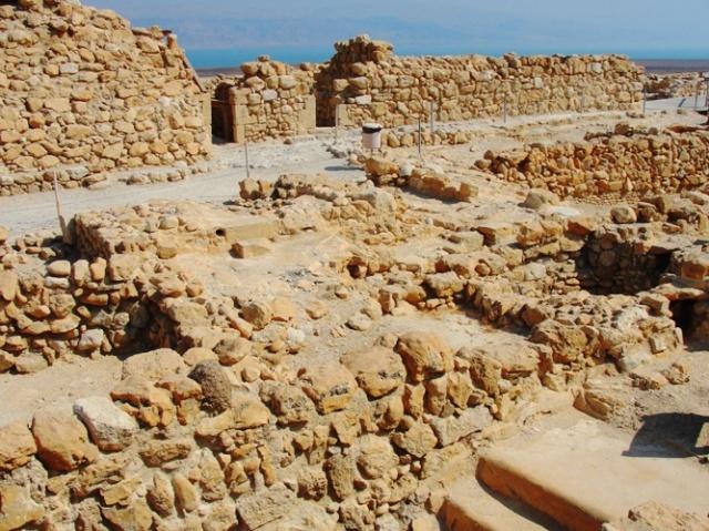 Qumran, Essenes, Dead Sea, BAR, Biblical Archaeology Review, Dead Sea Scrolls