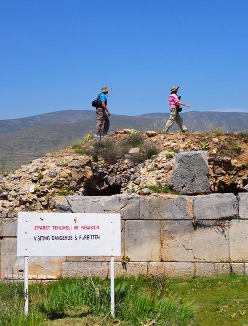 Antioch of Pisidia, Dangerus and Forbitten, Warning Sign, Adventure, Turkey