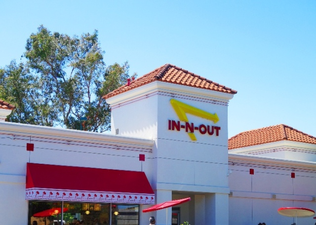 In-N-Out Burger, Pleasanton California, Burgers, Best Burger, California Culture