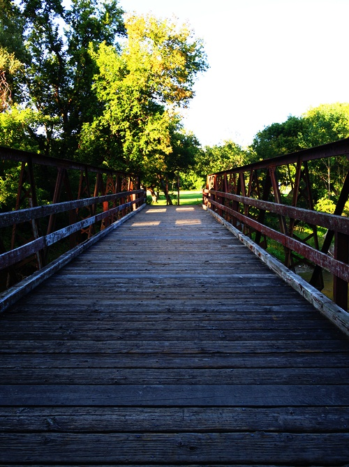 Bridge over Humber River, Rowntree Park, Toronto, Canada, walk in the park