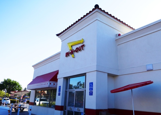 In-N-Out Burger, Tracy California, Burgers, hamburgers