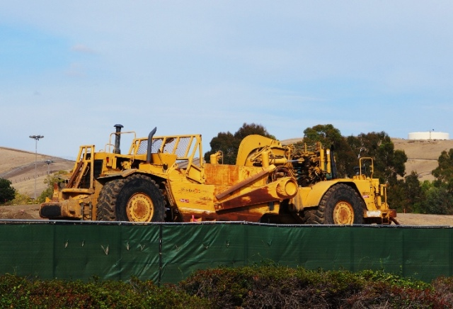 Caterpillar Graders, Construction Project, Earth Movers, Grading