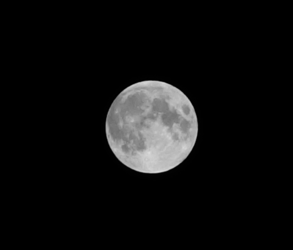Full Moon, Sony hand held camera, Zeiss Lens, Eclipse