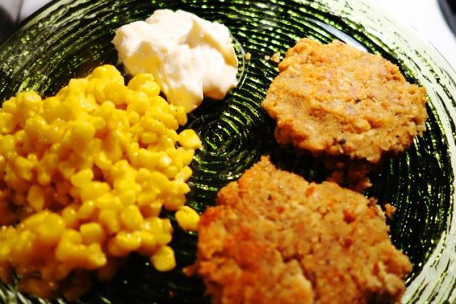 Salmon Patties, Salmon Cakes, Corn, Mayo, Miracle Whip