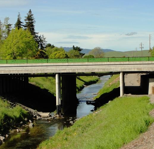 Dublin, California, Dublin Boulevard, Bridge, drainage ditch, creek