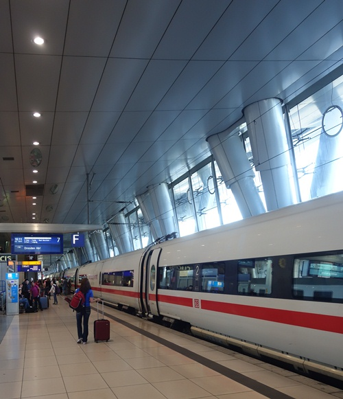 ICE, Frankfurt, Germany, Fernbahnhoff