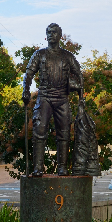 Tracy Firefighter, Tracy California, Sculpture, Lawrence Noble