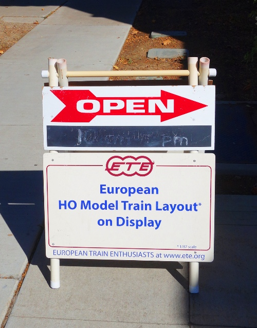 Model Train Layout, HO Scale, European Train Enthusiasts