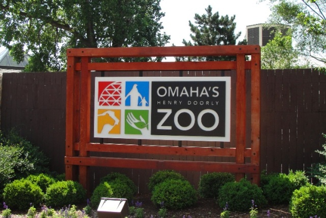 Omaha Zoo, Henry Doorly Zoo, Tiger Bite, Drunk Woman, Stupid People