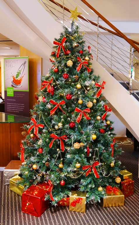Christmas Tree, Holiday Inn, Heathrow Airport, Christmas, Holidays