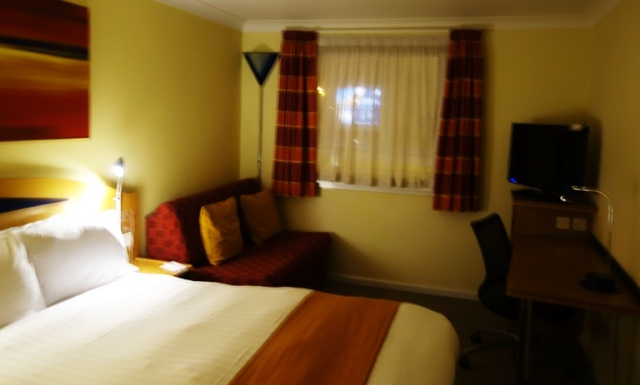 Hotel, Glasgow Airport, Holiday Inn Express