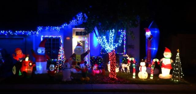 Christmas Decorations, December Walk, Christmas Lights