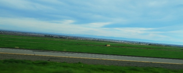 Sierra Mountain Range, Mountains, Snow Covered mountains, Great Valley