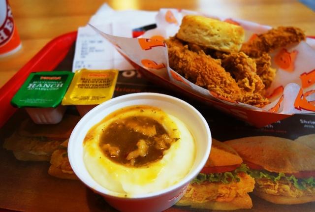 Popeyes, Chicken, Chicken Fingers, Louisiana Chicken, Biscuits