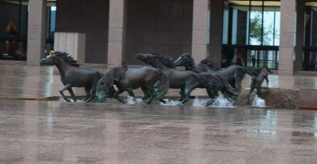 Los Colinas Mustangs, Irving, Texas, Memories, Sculptures