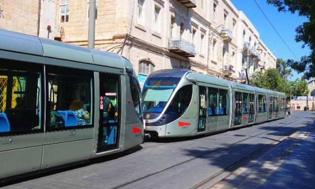 Jerusalem Light Rail, train, Jerusalem, Back to the dig