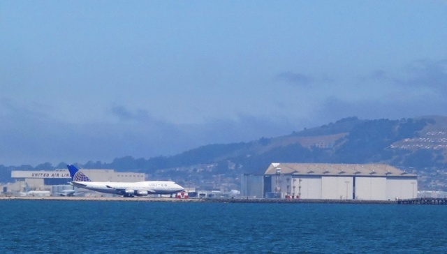 San Francisco Airport, SFO, Flight Delay, No Saturday, Late arrival